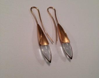 Rosebud earrings in 18k rose gold and quartz