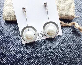 Silver Pearl Dangle Earrings