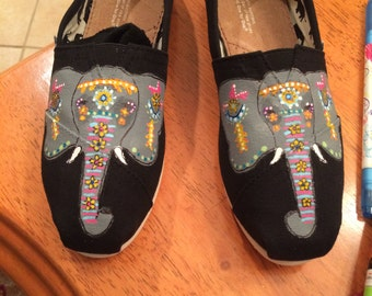 Hand-Painted Elephant Toms Shoes