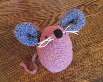 Handmade 100% Tweed mouse - Name: 'Frieda'