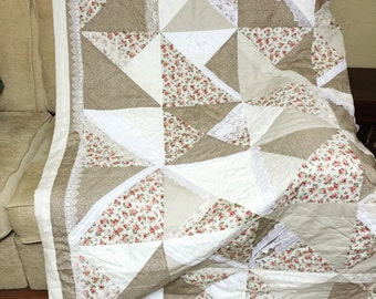 Country Rose lace quilt