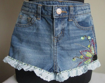 Little Girl Denim Shorts with colorful floral beadworks! Size 4/5
