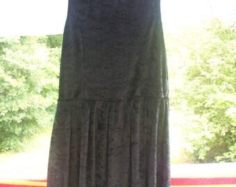 Juniors Sleeveless Black Crushed Velvet Dress, So Rad Brand, Size Medium, New, Never Worn
