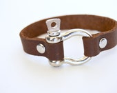 Shackle Leather Bracelet: Milk Chocolate Brown Leather Cuff With Silver Screw In  Horse Shoe Shackle