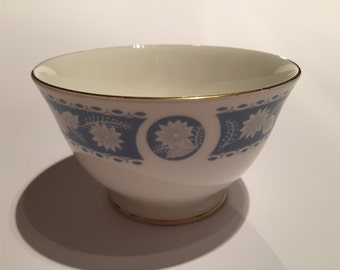 Collectibles Bone China Royal Vale Blue Flower Design Bowl Dish