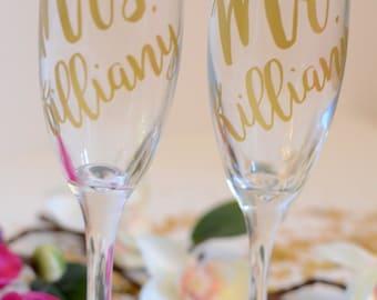 Personalized Bridesmaid Champagne Glasses, Personalized Champagne Flute, Wedding Party Gifts, Wedding Champagne Glasses, Bridesmaid Flute