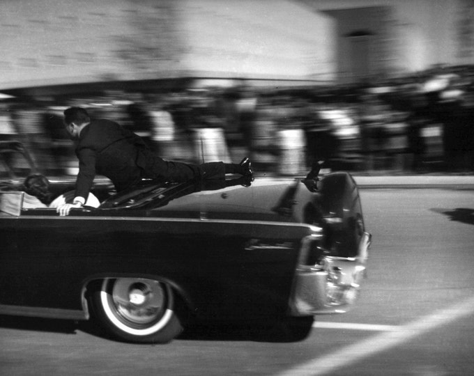 Clint Hill Climbs Atop President John F. Kennedy's Limousine On November 22, 1963 In Dallas - 5X7 or 8X10 Photo (AA-219)