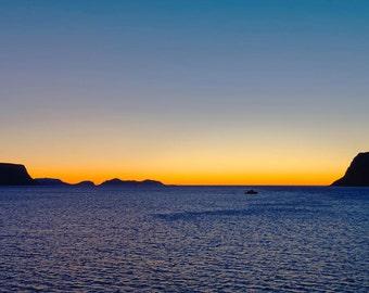 Sunset bedroom-decoration (sea, dark, silhouette, fine-art)