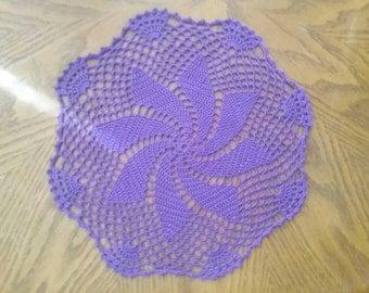 """Pinwheel doily 10"""" purple"""