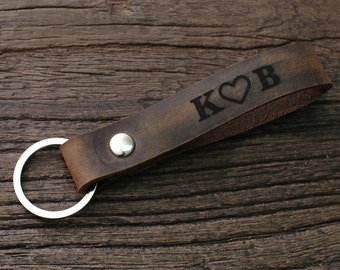 Boyfriend Gift - Personalized Men's Leather Keychain - Custom Engraved Choose Your Text 0037 - Gift Box Included -