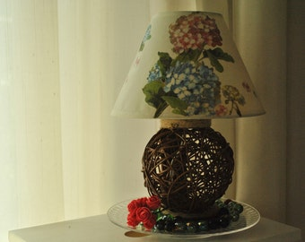 The lamp like a flower