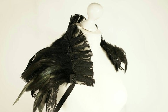 Shipping free * feather collar with lace and tulle and gems / spring collar with lace & tulle and crystals