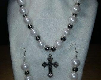 Cross necklace with drop earrings