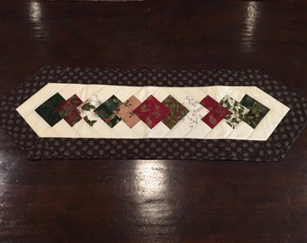 Holly Berry Table Runner