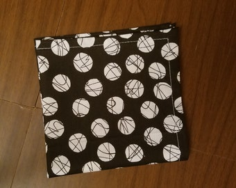 Handmade Black/White Dot Pocket Square (The Melisser Collection)