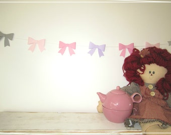 3D Bows Paper Garland