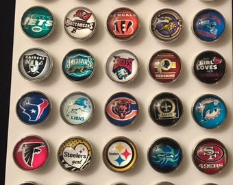 NFL team football snaps - I have all the teams plus some college - fits all snap jewelry - 20mm
