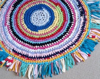 Recycled t-shirt yarn rag rug