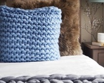 """Large 22"""" chunky knit blue cushion - blue knitted throw pillow - large square knitted throw cushion"""
