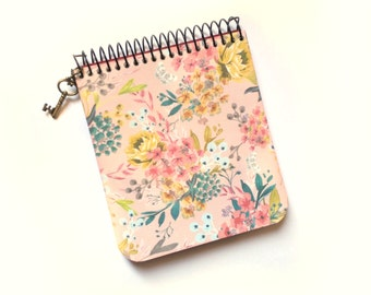 Artisan notebook (11 x 9.5 cm) |  Decoration flowers |  Recycled paper