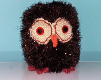 Handmade Knitted Brown Owl - Large