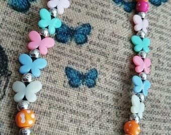 A flurry of beads neckalce