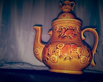 ON SALE, Large teapot, Measham Style Teapot, Measham Teapot, Japanese teapot, Vintage Teapot, Yellow Teapot, Glazed teapot, English Style