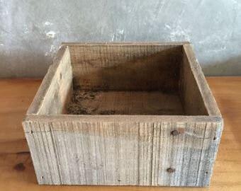 Medium Reclaimed Wood Planter Box