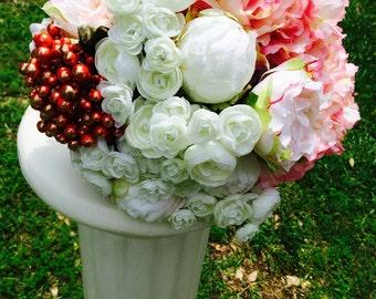Round Cascading Bouquet
