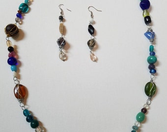 Matching Multicolor Wire Wrapped Glass Jewelry Set