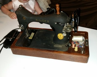 1941 Singer electric sewing machine