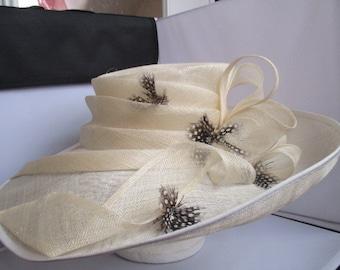 Wedding/Ascot/BRIDAL HAt Studio . SIZE-M   V. WIDE rrp-189