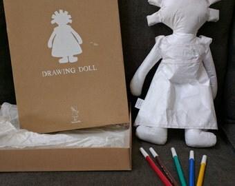 Manuella Drawing Doll