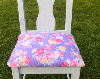 Repurposed kitchen chair. Distressed antique accent chair.