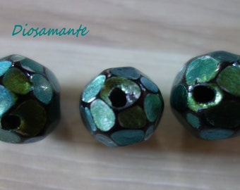 """Dragon Stone"" green beads polymer"