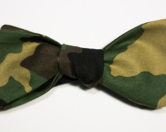 Camouflage Print Self-Tie Bow Tie