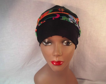 Multicolor hat slouchy back wide black ban.