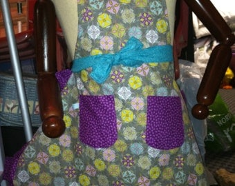 The Purple Floral Apron - Full