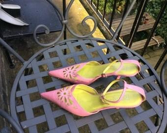 Vintage Baby pink kitten heels Uk size 7 EU size 40