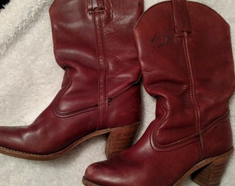 Get Ready for Fall! Boho stacked heel rust colored vintage leather boots 8.5