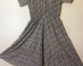women gray quarter sleeve dress