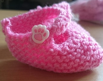Knitted baby ballerina shoes