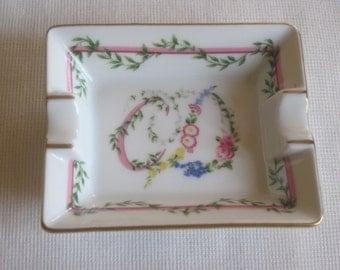 Beautiful ashtray-empty pockets Christian Dior Vintage Limoges porcelain