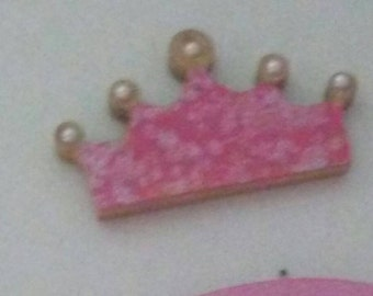 Wooden tiara with beaded crown