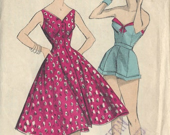 1950s Vintage Sewing Pattern B36 DRESS Shorts & Sun Top (1014R) Weldons 506