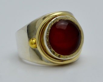 Round Carnelian Ring with 925 Sterling Silver & 14K Yellow Gold Size 7.75