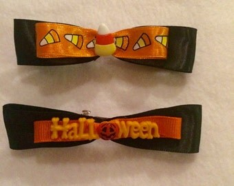 Halloween hair bow, 1 mini barrette, Candy corn, Halloween and pumpkin, Satin bow tie, hair accessories