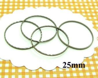 20 closed rings 25mm bronze AB47