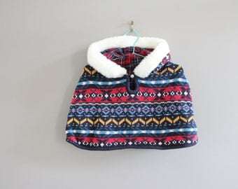 Toddler Soft Knit Cape Hooded Christmas Theme Size 1 - 2 Years Old #k016a