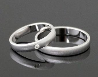 Wedding rings CROSS MATT white gold 8 k or 14 k